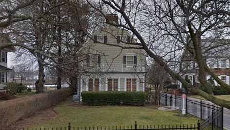 amityville horror house today famous movie scene locations as seen through google street view business insider