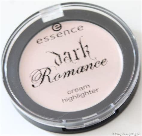 Essence Highlighter 1 essence highlighter living the