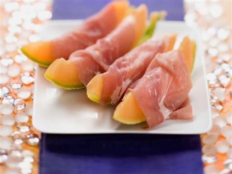 melone mit schinken anrichten melone mit schinken rezept eat smarter