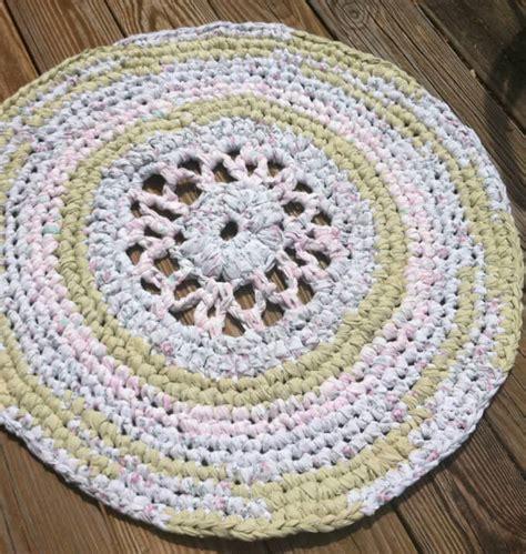 tappeto rotondo tappeti rotondi il vantaggio della forma homehome