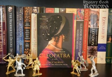 cleopatra a from beginning to end books history book reviews cleopatra a schiff