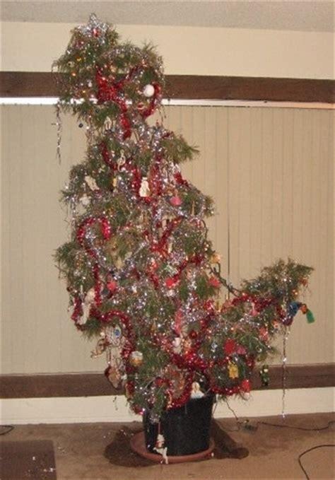 de 10 mooiste lelijkste kerstbomen ter wereld