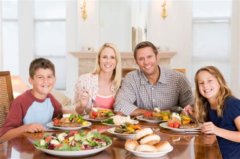 eat as a family to lose weight