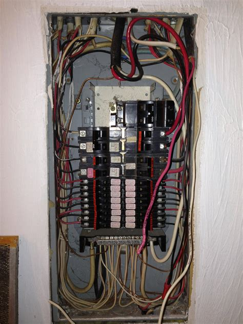 unsure about wiring in electrical box home improvement
