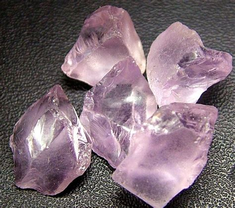 Amethyst Quartz 8 31 Cts pink amethyst de 31 30 cts f1153