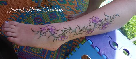 henna tattoo how to use how to use glitter to embellish your henna artistic
