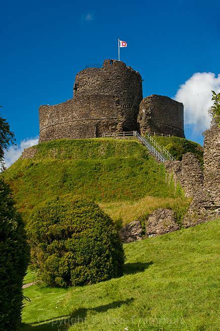 launceston castle cornwall photography  steve crampton