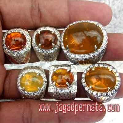 Opal Merah Wonogiri pusat batu opal wonogiri batu akik