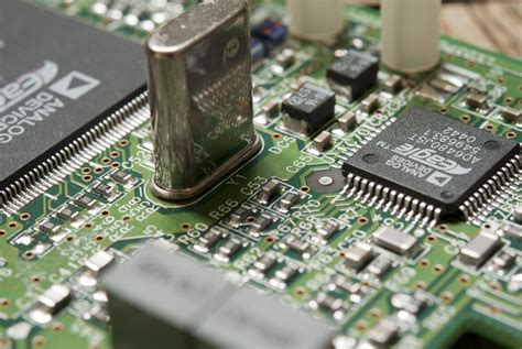 the integrated circuit was used in what is an integrated circuit