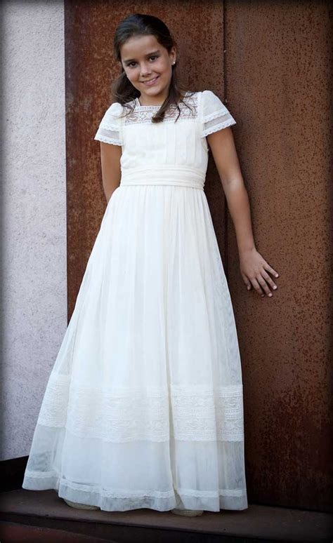 vestidos para la primera comunion la colecci 243 n de vestidos de primera comuni 243 n sigue con la