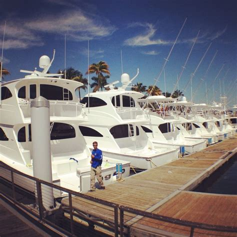viking yachts miami boat show 181 best images about boats and yachts on pinterest