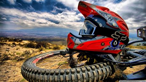 motocross racing wallpaper motorcycle racing hd wallpapers download motorcycle
