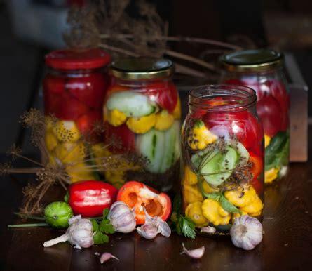 botulismo alimentare conserve fatte in casa occhio al botulino certi consumi