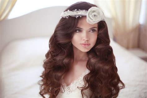 cara catok rambut agar keriting gantung 10 cara merawat rambut agar keriting alami cantik memesona