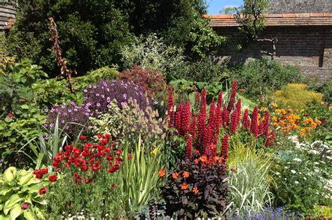 photos of gardens weekend gardener english gardens for commoners wsj