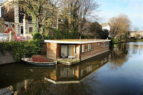 galleggianti amsterdam dormire su una houseboat le galleggianti di amsterdam