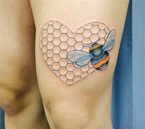 honeycomb tattoo 10 neat honeycomb tattoos tattoodo