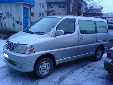 2001 Toyota Hiace 2001 Toyota Grand Hiace Pictures