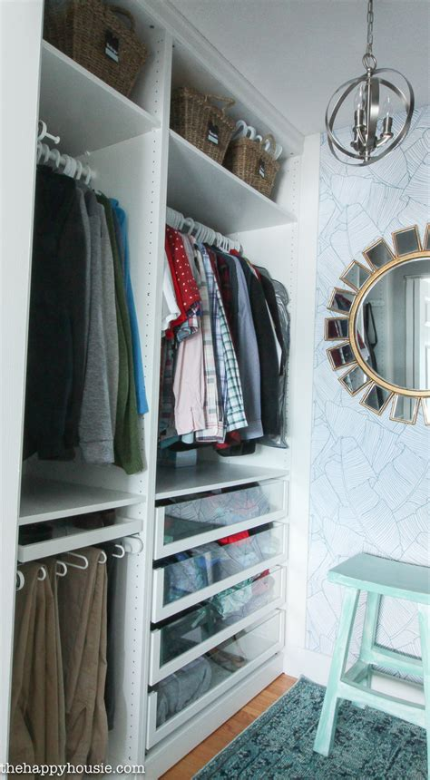 how to purge your closet 7 tips for completely organizing your closet and dresser