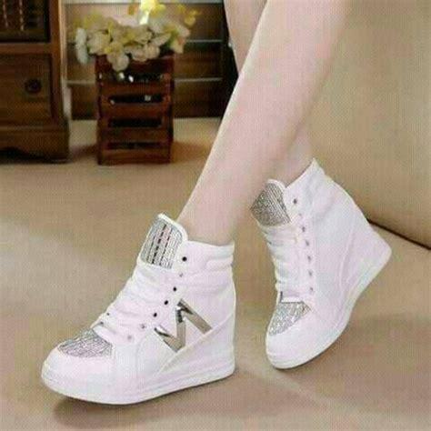 Sepatu Silver jual sepatu kets boot korea putih silver sepatu wanita