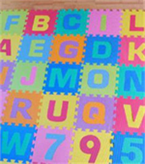 tappeti gommosi per bambini tappeti puzzle l allarme dall ue consumi kataweb
