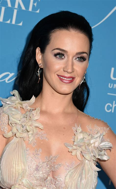 katy perry katy perry unicef s snowflake ball in new york 11 29 2016