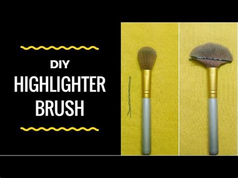 fan makeup brush use diy highlighter brush using hair pin how to make fan