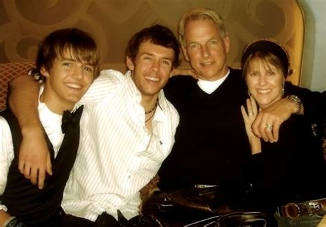 pictures of ty and sean harmon mark harmon sons mark harmon and his sons re mark 1