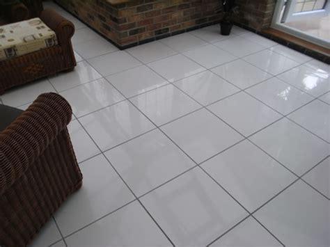 White Tiles Grey Grout Kitchen Floor   Morespoons #