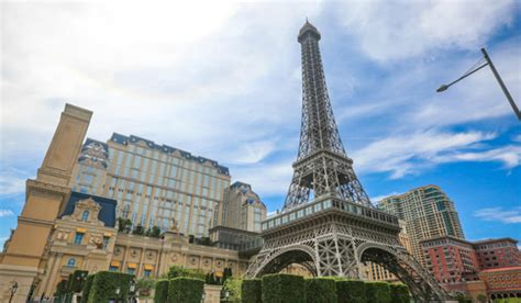 home of the eifell tower macau eiffel tower must visit in parisian the parisian