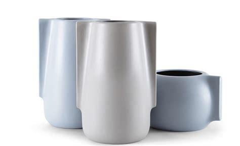 vasi ceramica design vasi in ceramica da interno moai di incipit lab arredare
