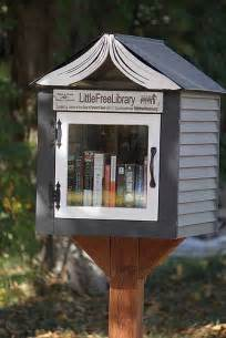 tiny library best 25 little free libraries ideas on pinterest community library free library and un
