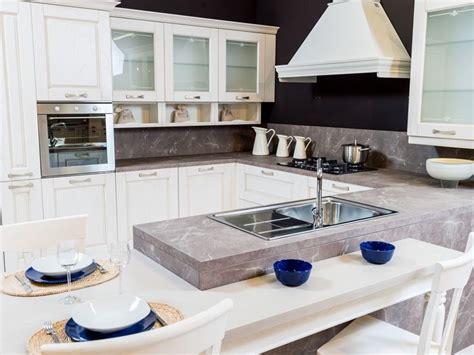 cucina modello verona cucina classica artigianale ad angolo con penisola mod