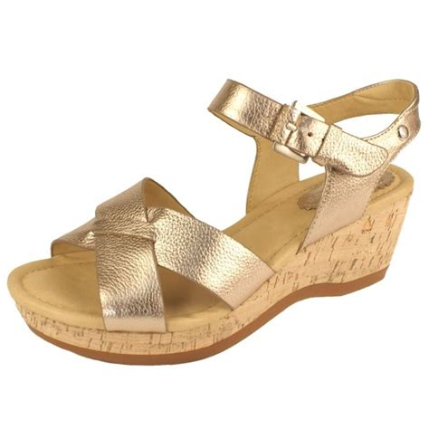hush puppies farris s gold sandals free