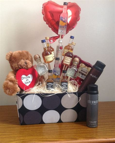 s day gift basket for valentines gift basket for him www imgkid the