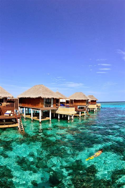 Cd Around The World Philippines Malaysia grand huts around the world top 10 photography