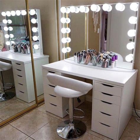 white vanity desk best 25 white vanity desk ideas on makeup desk