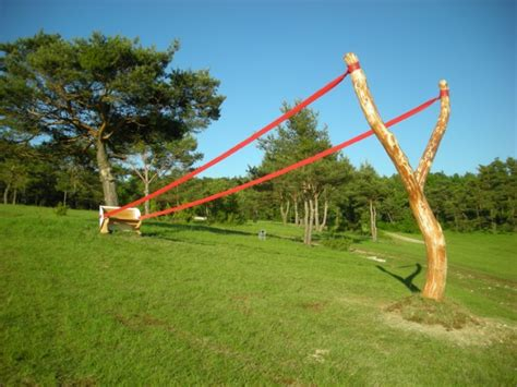 sling shot bench follow the lines here are written giant slingshot