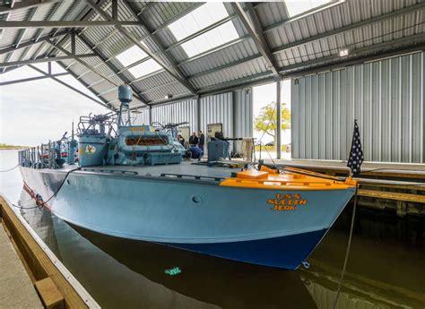pt boat paint schemes pt 305 gets a colorful and deceptive paint scheme the