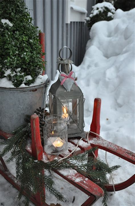 best rustic pinterest decorations for christmas holidays 40 comfy rustic outdoor christmas d 233 cor ideas digsdigs