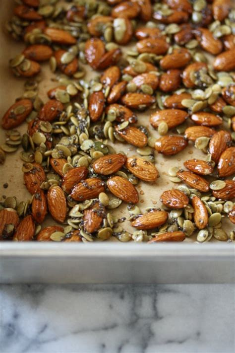 healthy trail mix recipe  chia seeds almonds