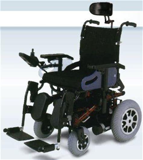 sedia elettrica per salire le scale ausili per disabili e anziani