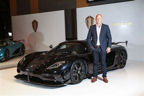 koenigsegg agera rsr koenigsegg agera rsr debuts in japan limited to 3 units