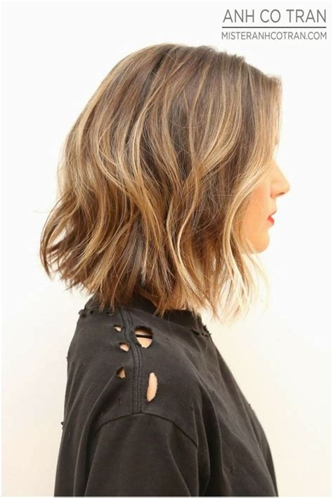 shoulder length textured hairstyles medium length bob for wavy hair short layered hairstyles