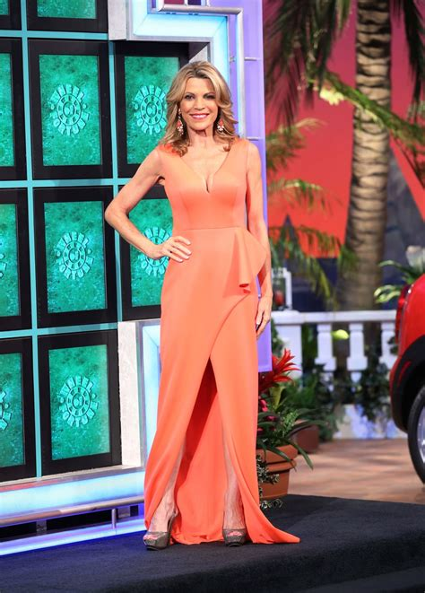 Vanna White Wardrobe by Perfection Vanna White Turns A New Letter With An