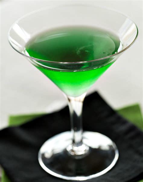 Laris Flavorah 2 3 Oz Creme De Menthe Essence For Diy 19 7 Ml emerald isle the drink