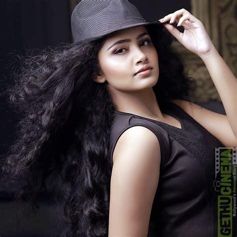 premam cinema heroine photos premam actress anupama parameswaran latest hd photos