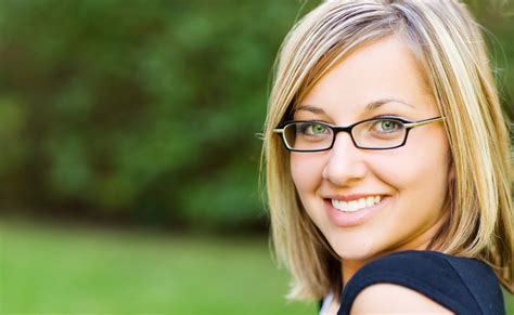 large apple body and round face over 50 hairstyle a cool collection of eyeglass frames for women with round