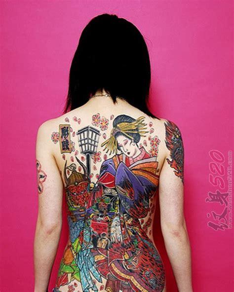 tattoo voorbeelden geisha 女生满背彩绘抽象线条人物肖像日本艺伎纹身图案