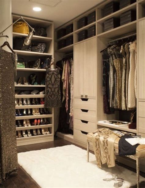 Girlfriends Closet by Cleaning Parties Ideas To Or To With